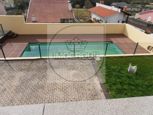 House 4 bedrooms with swimming pool%1/29