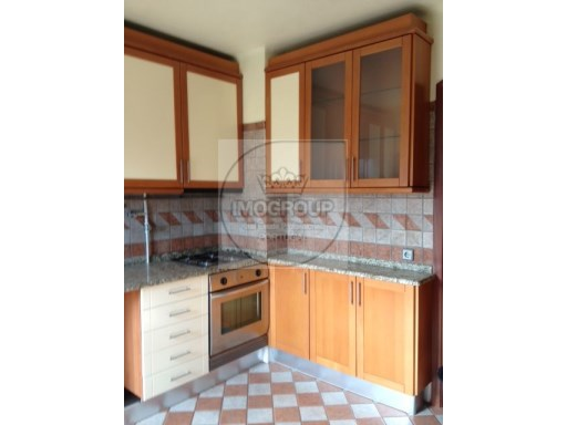 Rent A 2 Bedroom Apartment Anadia | 3 Bedrooms | 2WC