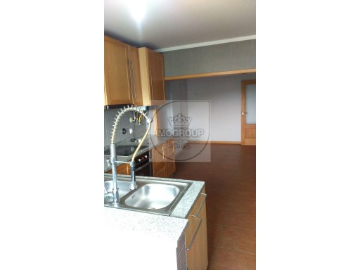 Apartamento T3+1 Usado Costa Do Valado%4/23