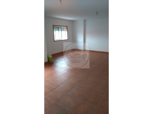 Apartamento T3+1 Usado Costa Do Valado%12/23