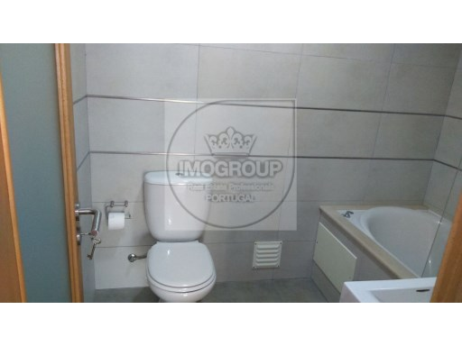 Apartamento T3+1 Usado Costa Do Valado%15/23