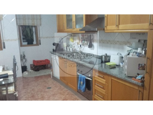 T3 furnished with garage Oliveira do Bairro | 3 Bedrooms + 1 Interior Bedroom | 1WC