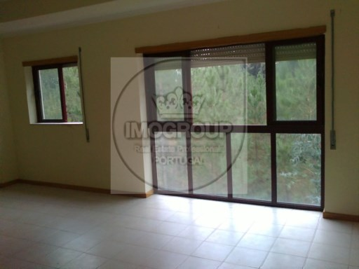 Apartment 3 Bedrooms Duplex-Sneaks | 3 Bedrooms | 2WC