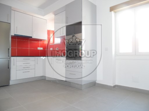Apartment 2 Bedrooms + 1 Interior Bedroom › Santo António dos Olivais