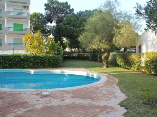Excellent opportunity, Apartment T2 duplex, a few minutes from Vilamoura's Marina; Algarve; Portugal | 2 Bedrooms | 1WC