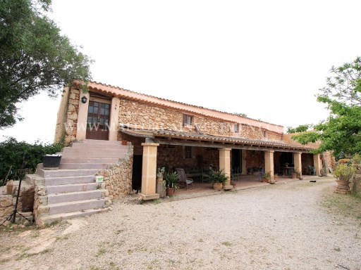 ES VERTREIBT FINCA IN SENCELLES-RUBERTS / PALMA - MALLORCA INVESTMENT REAL ESTATE | 7 Schlafzimmer