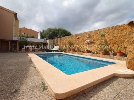 Sale of chalet in Bahía Azul, Llucmajor. Inmobiliaria Mallorca Investment | 3 Bedrooms | 2WC