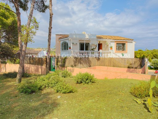 Villa for sale in Bendinat, Calvià. Real Estate Mallorca Investment. | 4 Bedrooms | 3WC