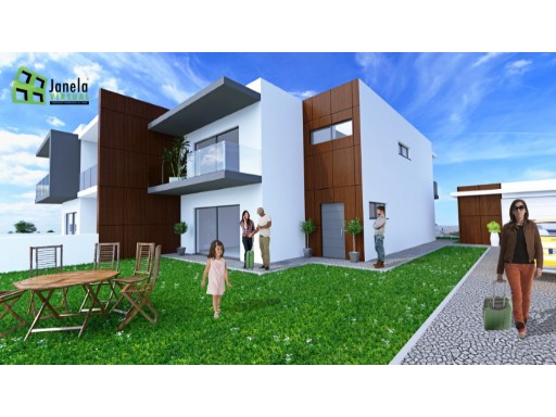 Semi-Detached House › Sesimbra | 4 Bedrooms | 2WC
