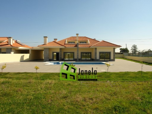 Detached House › Moita | 3 Bedrooms | 3WC