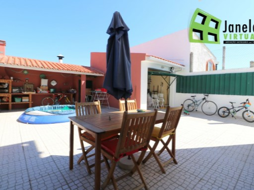 Semi-Detached House › Sesimbra | 4 Bedrooms | 3WC