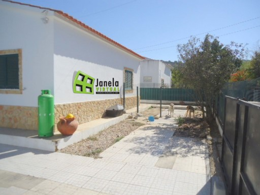 Detached House › Palmela | 3 Bedrooms | 2WC