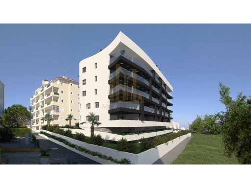 LUXURY CONDO ALGARVE%4/17