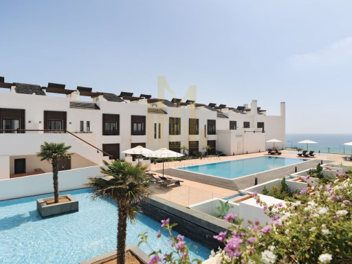 2 bedroom apartment in Luxury Resort on the beach front. Lagos, Algarve%4/24