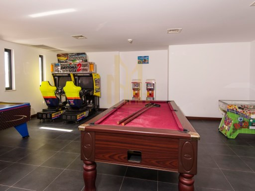 Belmar Games Room%15/23