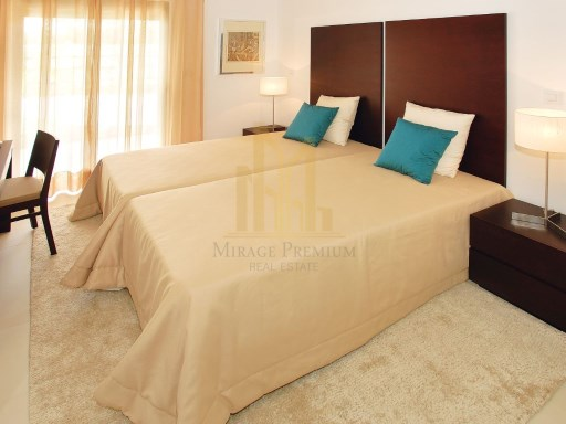 3 bedroom apartment in Luxury Resort on the beach front. Lagos, Algarve%6/26