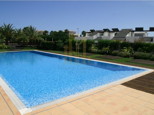 3 bedroom apartment in Luxury Resort on the beach front. Lagos, Algarve%15/26