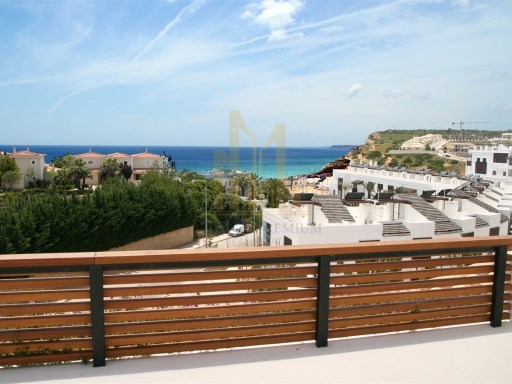 3 bedroom apartment with terrace in Luxury Resort on the beach front. Lagos, Algarve%3/26
