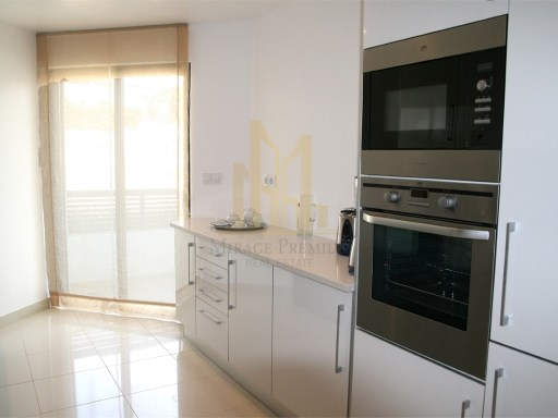 3 bedroom apartment with terrace in Luxury Resort on the beach front. Lagos, Algarve%3/24