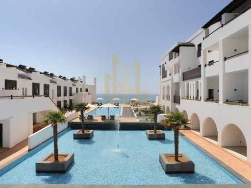 3 bedroom apartment with terrace in Luxury Resort on the beach front. Lagos, Algarve%6/24