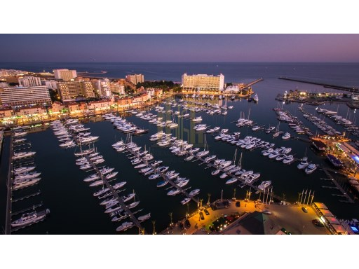 Vilamoura_-_marina_at_night%22/22