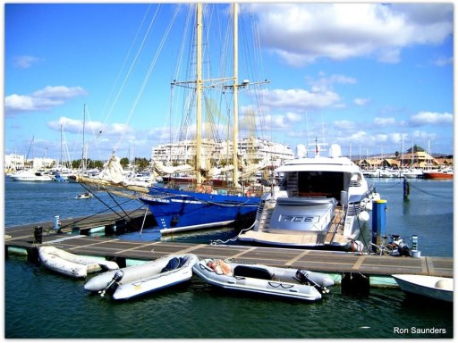 VILAMOURA_MARINA._OLD_AND_NEW._(8468071851) (Copy)%19/25