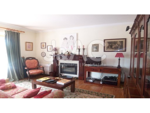 Exceptional House 5 bedrooms Sintra, Living room reading and music (1)%7/27