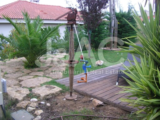 House 5 bedrooms Rio de Mouro Sintra, Patio (1)%19/25