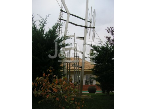 House 5 bedrooms Rio de Mouro Sintra, sculpture%25/25