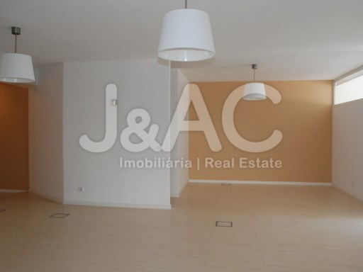 Office for sale Oeiras, Waiting room (1)%3/9