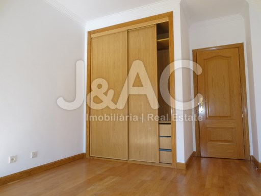 Great apartment in Porto Salvo Oeiras, Room nº 2 (2)%16/26