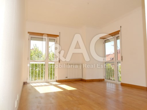 Great apartment in Porto Salvo Oeiras, Suite (1)%21/26