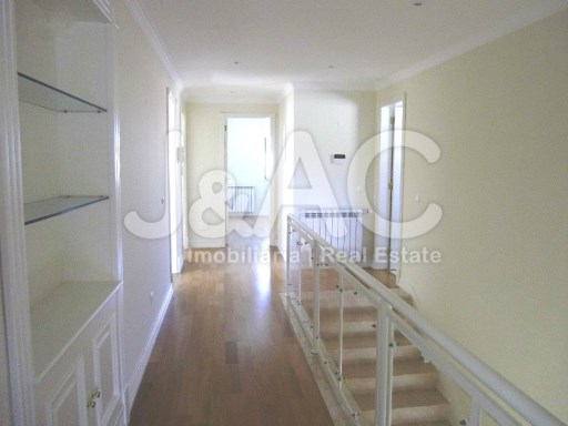 Hall Piso 1 (2)%13/34