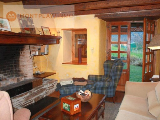 House › Naut Aran | 3 Bedrooms | 2WC