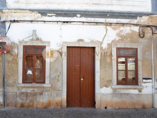 Villas Tavira Real Estate: Old House to retrieve in the Centre of Tavira_0403%2/25