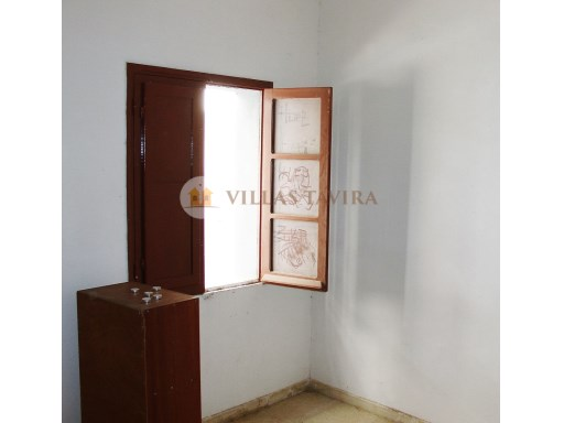 Villas Tavira Real Estate: Old House to retrieve in the Centre of Tavira_DSC05884%14/25