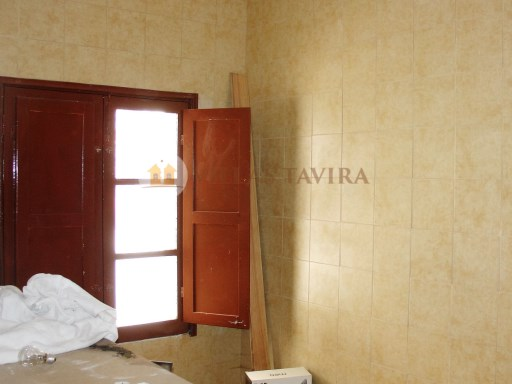 Villas Tavira Real Estate: Old House to retrieve in the Centre of Tavira_DSC05885%15/25
