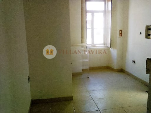 Villas Tavira Real Estate: Old House to retrieve in the Centre of Tavira_0068%19/25