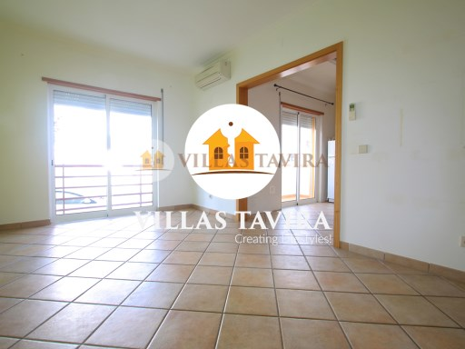 2 Bedroom Apartment in Cabanas de Tavira in Quinta da Gomeira with Pool | 2 Bedrooms | 1WC