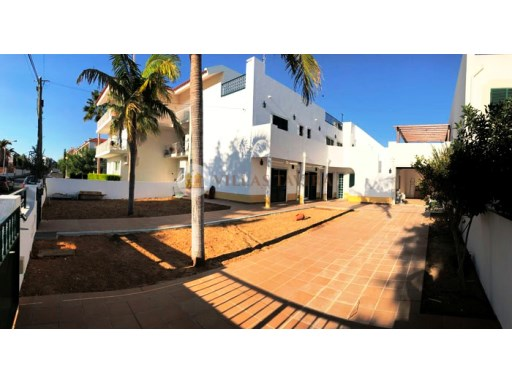 House T3 +1 near the beach of Cabanas de Tavira - Algarve | 3 Bedrooms + 1 Interior Bedroom | 5WC