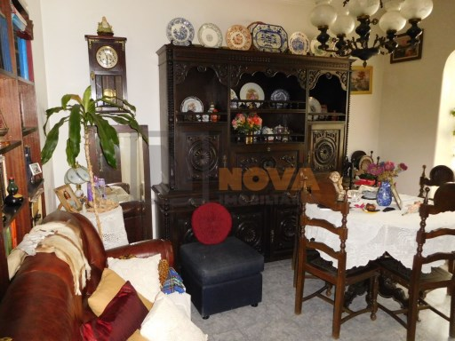 T2 Benfica to the market | 2 Bedrooms | 1WC