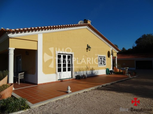 4 Bedroom villa with 1800sqm of land - Parish of Beselga%5/18