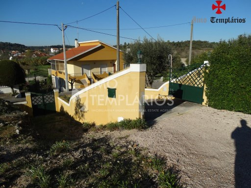 4 Bedroom villa with 1800sqm of land - Parish of Beselga%6/18