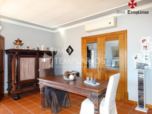 4 Bedroom villa with 1800sqm of land - Parish of Beselga%12/18