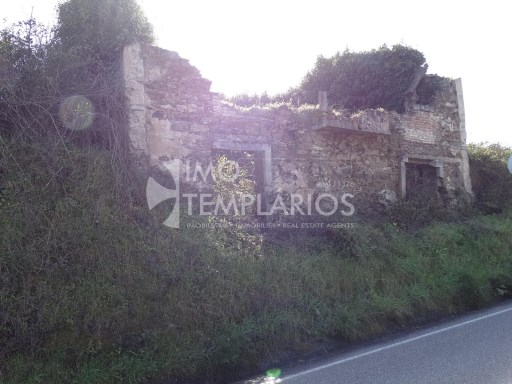 Land with House to Ruins, Tomar%11/11
