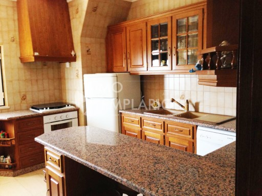 House 4 bedrooms + FIFTH c/7000 m2 + POOL-TAKE%14/25