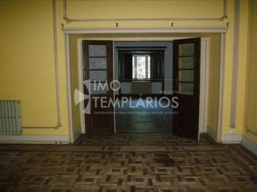 Villa V6 with 2269m2 of public place in Tramagal, Abrantes-100% Financing%38/53