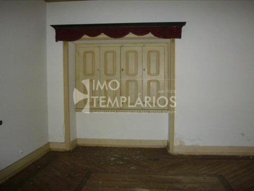 Villa V6 with 2269m2 of public place in Tramagal, Abrantes-100% Financing%41/53