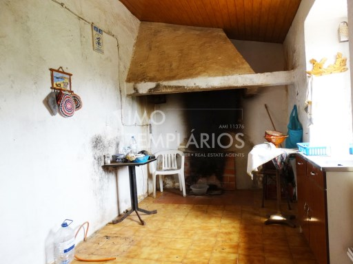 Village house c/1500 m2 of land-Ferreira do Zêzere%15/22