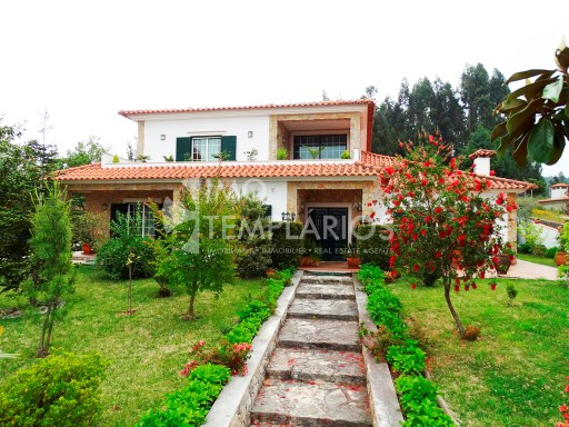 Spectacular Villa with 2,820 m2 of land-Ferreira do Zêzere%34/52